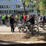 """Rugsėjo 20 dieną Medelyno progimnazijos mokiniai ir mokytoja Iraida dalyvavo miesto akcijoje ,,Laisvė dviračiui""""."""
