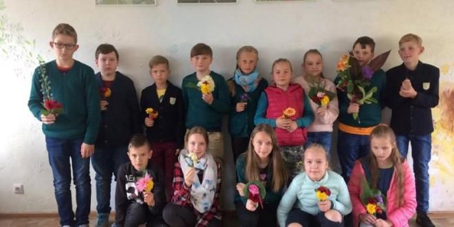 Rugsėjo 7d. 5a ir 5b klasės mokiniai susipažino su floristo profesija