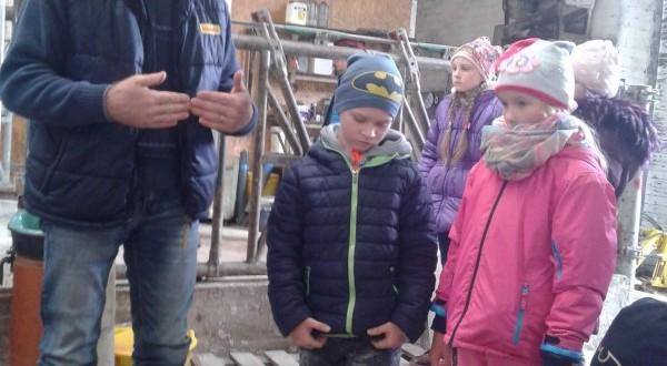 2a , 2b , 2c ir 4c klasių mokinių išvyka į Limuzinų fermą