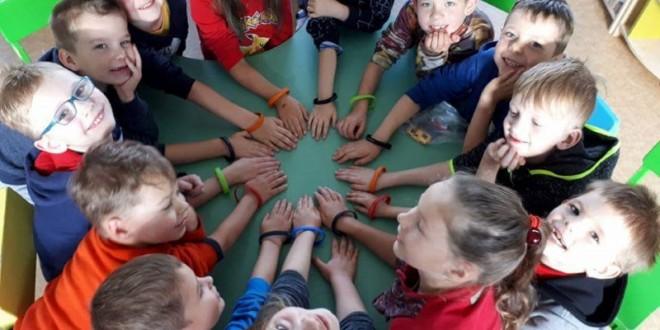 Pradinių klasių mokiniai dalyvavo net trijų Lietuvos rekordų siekime