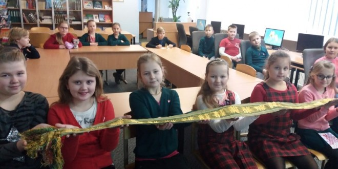 3c klasės pilietiškumo pamoka mokyklos bibliotekoje