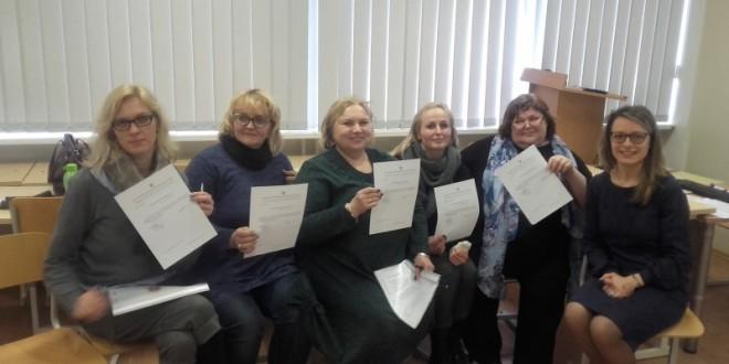 """Balandžio 3-4 dienomis, Medelyno progimnazijoje, vyko programos """"Gyvai""""  tęstiniai mokymai."""